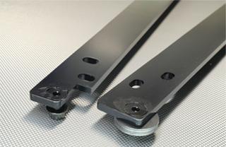 N SPORT シートレール用 取り付けピッチ変換アダプター ディテール